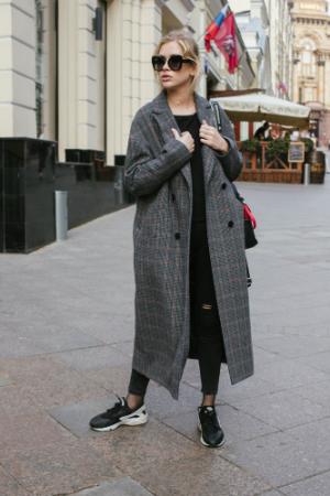 Двубортное пальто-халат